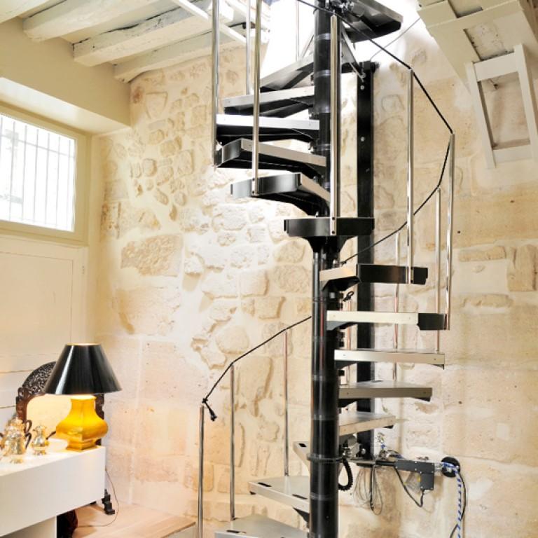 conception d 39 escalier m canique design et r tractable. Black Bedroom Furniture Sets. Home Design Ideas