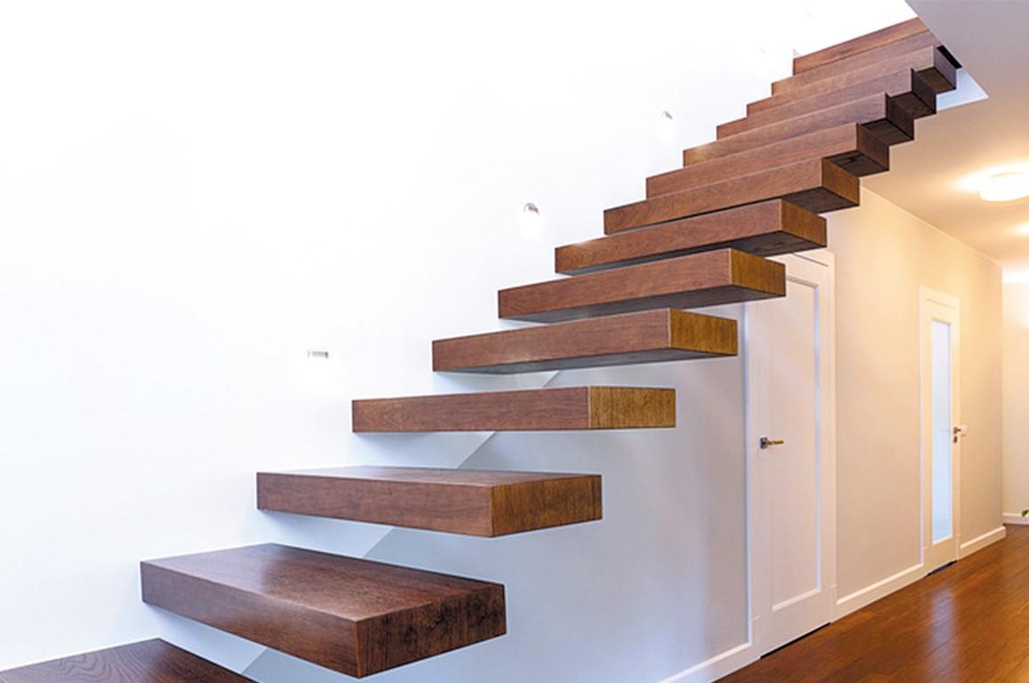 Escalier Marches Suspendues Mur les avantages d'un escalier suspendu